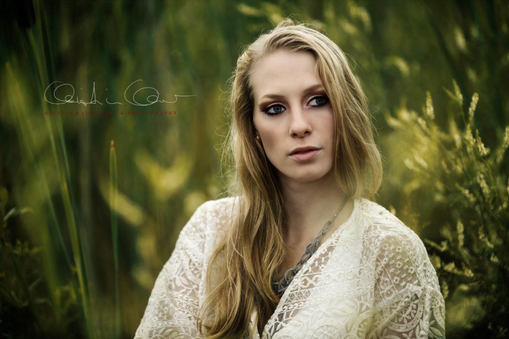 portrait von blondine in der natur fotograf