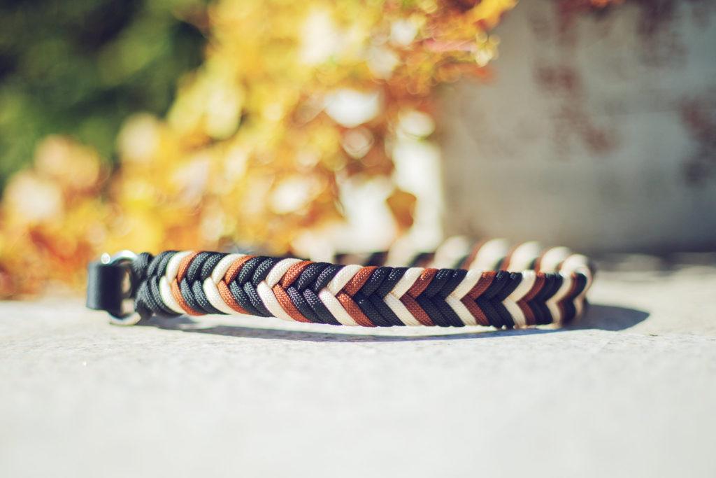 flach geflochtenes paracord halsband schwarz braun beige